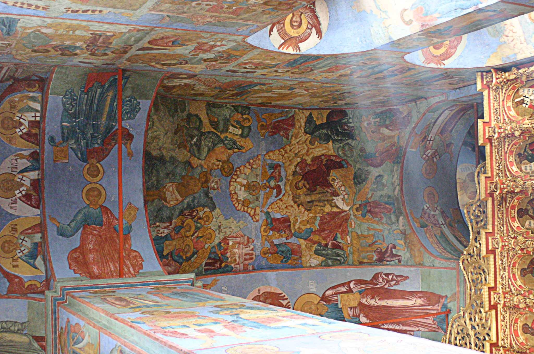 Создание фресковой росписи троицкого собора троице сергиева монастыря
